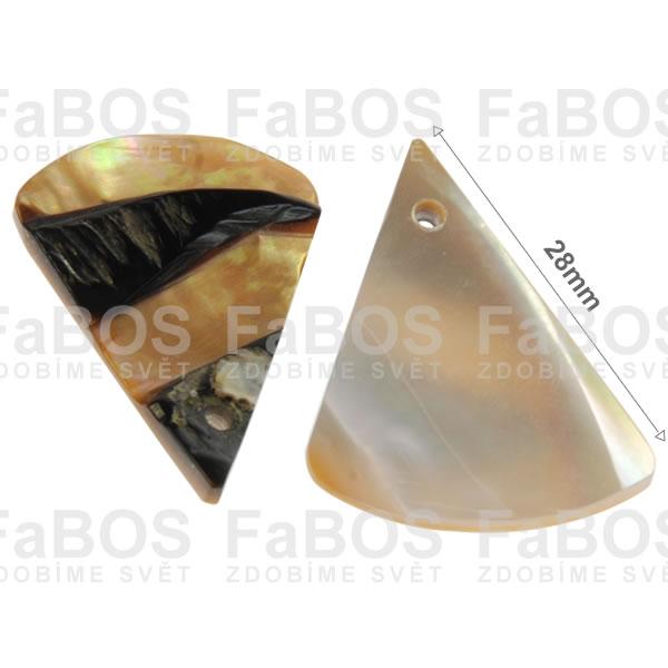 Perleť Perleť trojúhleník 28mm dírka  - FaBOS